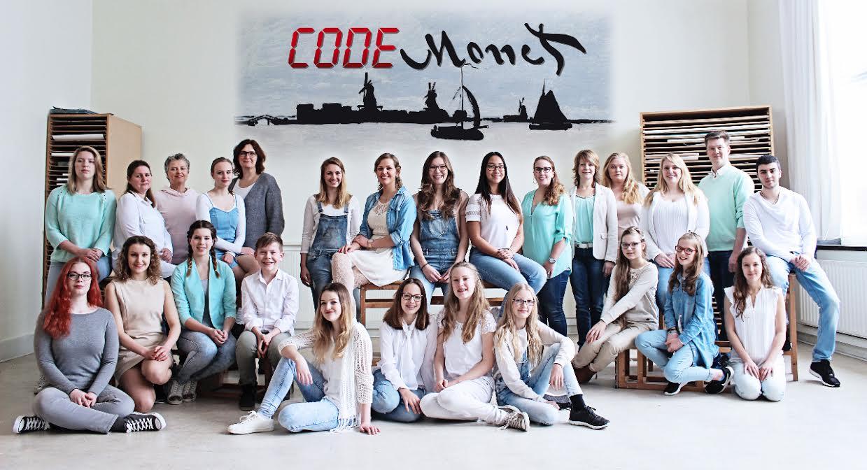 Code Monet Cast in Zandam